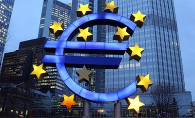 Eurozone growth 'slows' in December